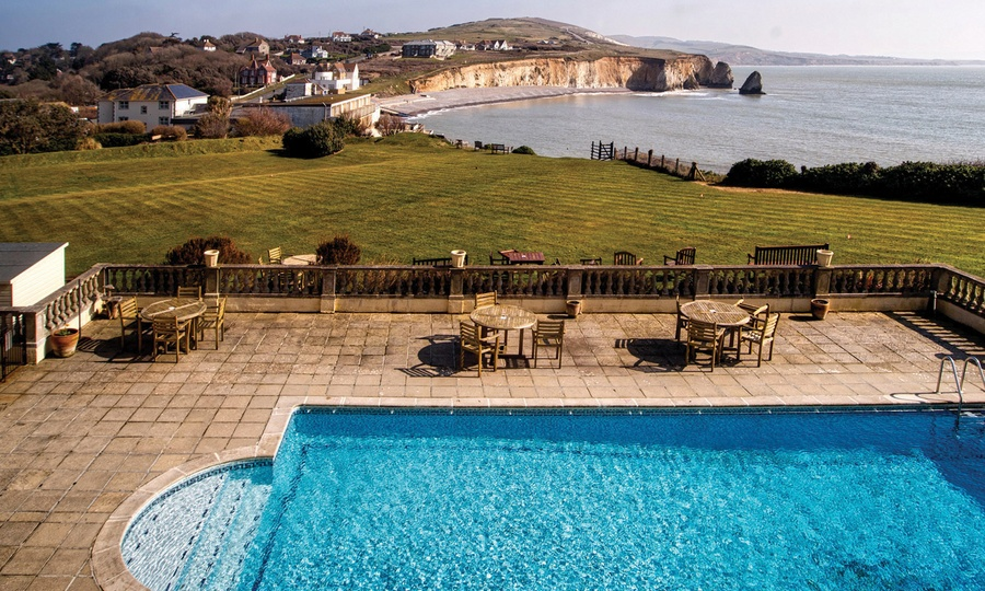 HF Holidays Isle of Wight hiking tour hotel review  Freshwater Bay House Hotel Destination Delicious