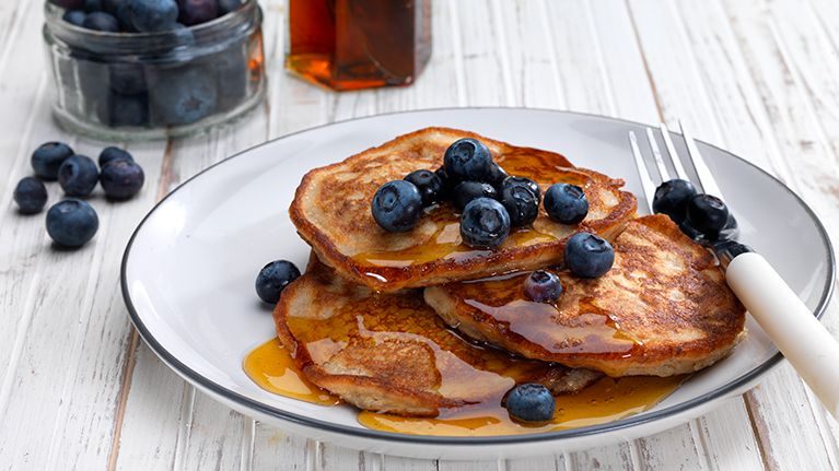 Flora Freedom dairy free blueberry and banana pancake recipe
